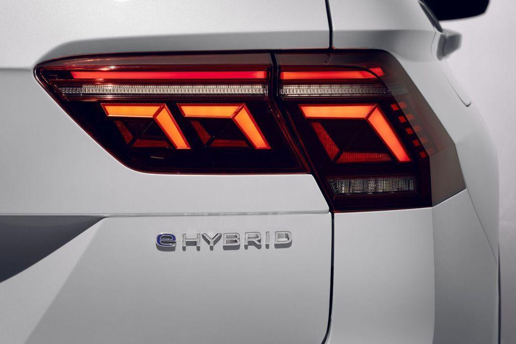 Content novy volkswagen tiguan 2021 autozurnal.com 11