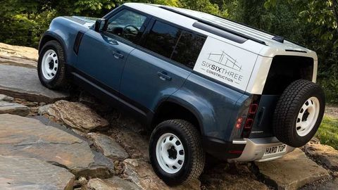 Thumb land rover defender hard top  7