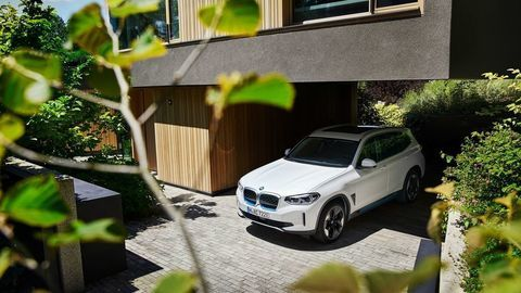 Thumb bmw ix3 autozurnal.com 9