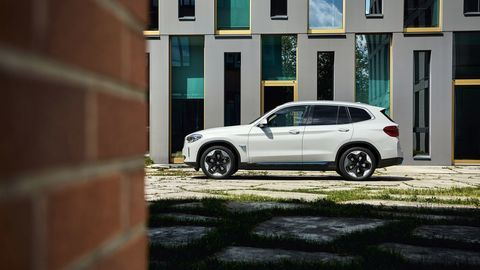 Thumb bmw ix3 autozurnal.com 12