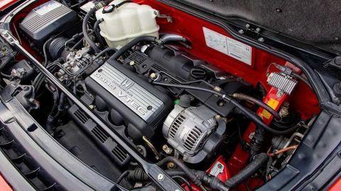 Thumb sestvalcovy motor radovy vs vidlicovy sestvalec autozurnal.com 4
