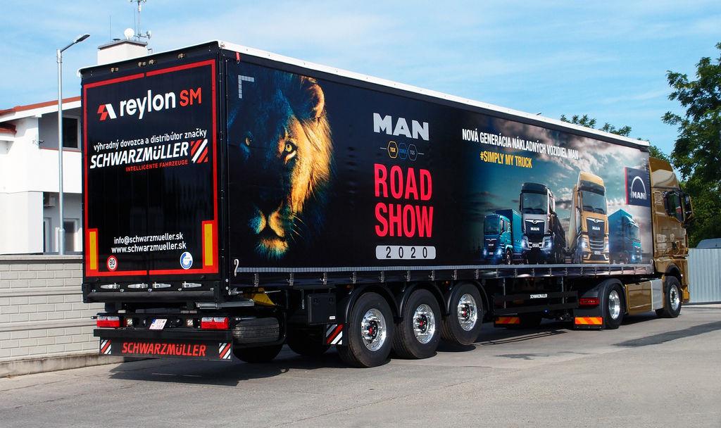 Content 03 man road show 2020