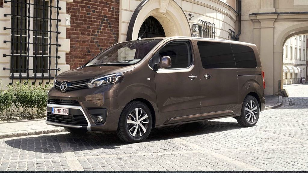 Content toyota proace verso 1080w