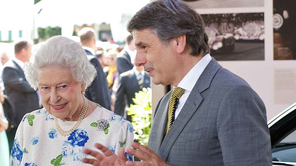 Content hm the queen and dr ralf speth 2