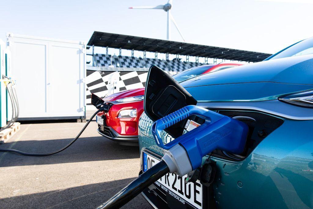 Content hyundai kona elekctric ev 1000 km dojazd autozurnal.com 11