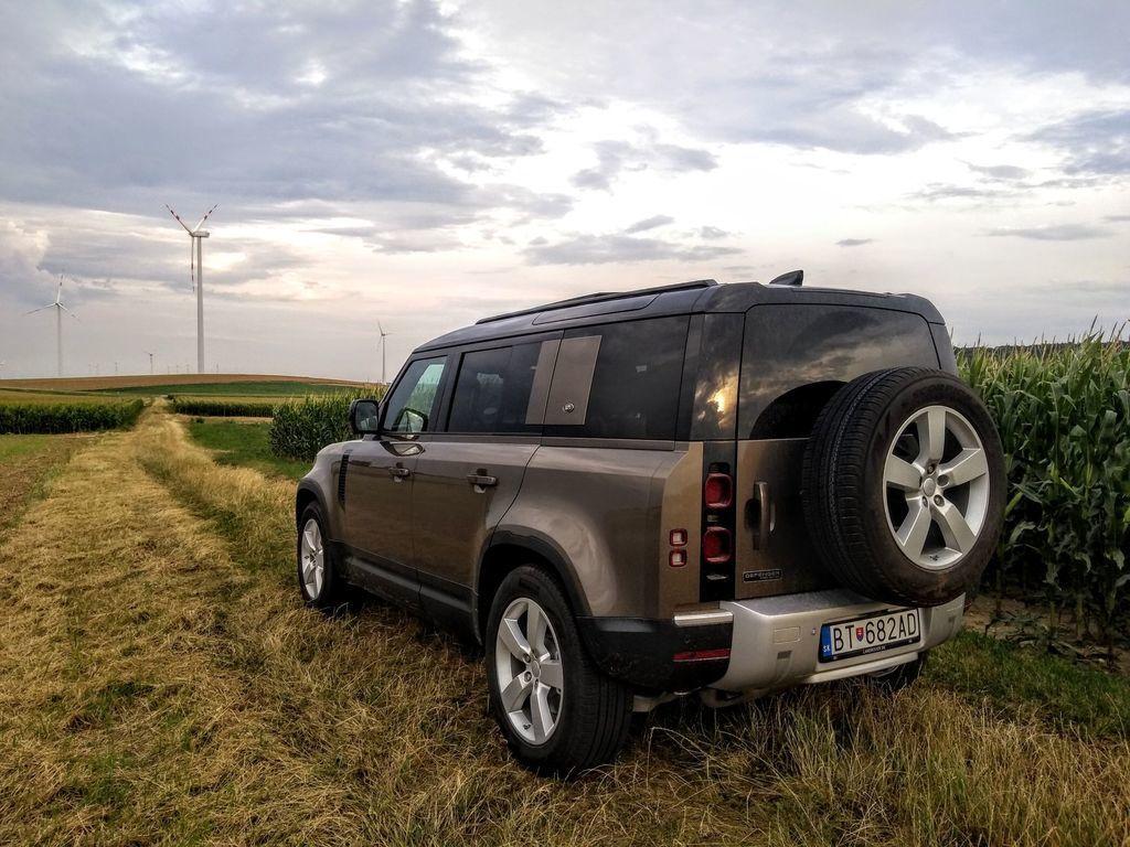 Content test land rover defender 110 p400 2020 autozurnal.com 45