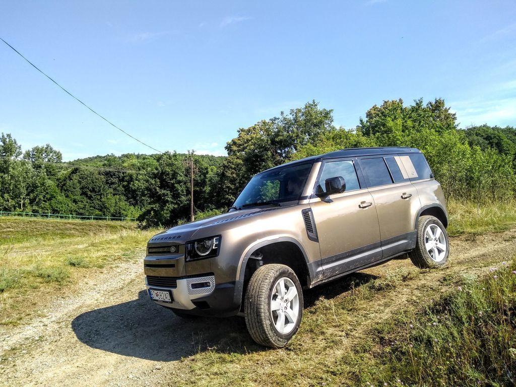 Content test land rover defender 110 p400 2020 autozurnal.com 63