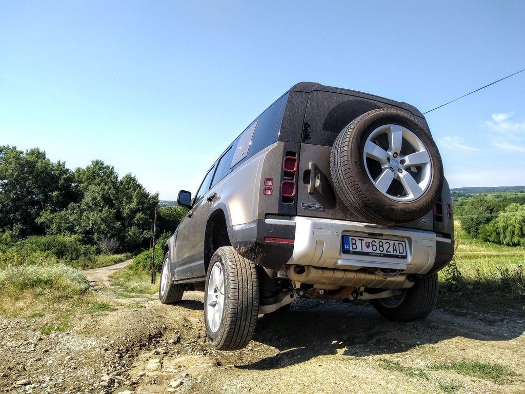 Content test land rover defender 110 p400 2020 autozurnal.com 64