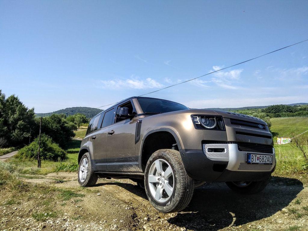 Content test land rover defender 110 p400 2020 autozurnal.com 67