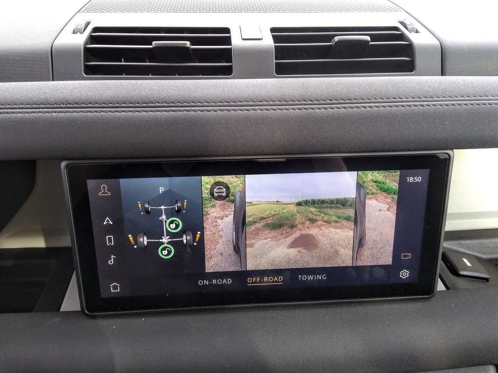 Content test land rover defender 110 p400 2020 autozurnal.com 5