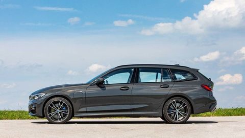 Thumb zz 9 highres the bmw 330e touring