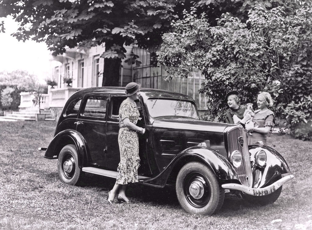 Content 12 401limousine 1935
