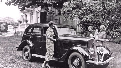 Thumb 12 401limousine 1935