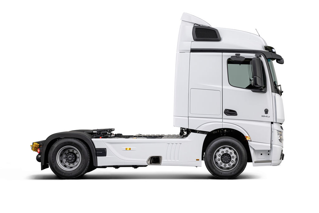 Content 04 actros f