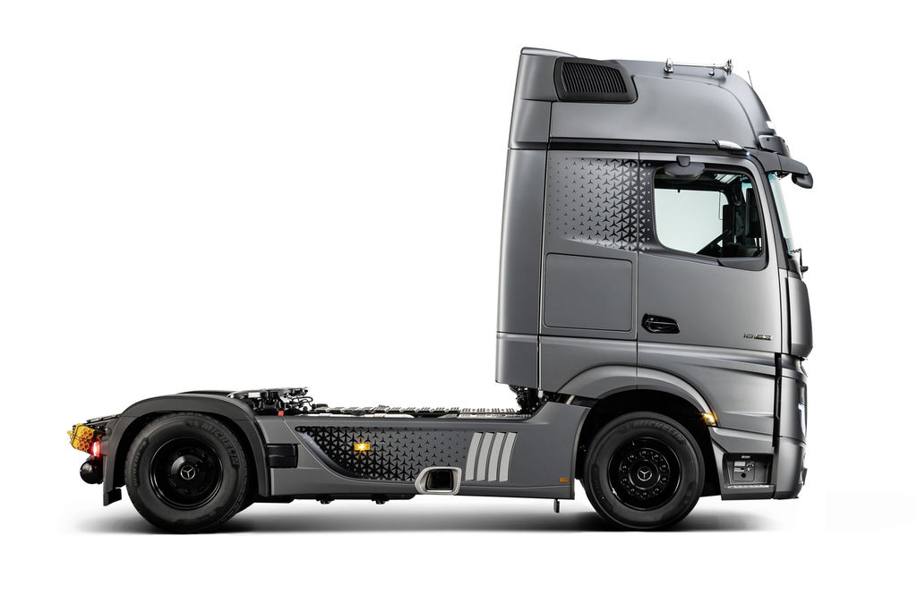 Content 05 actros edition 2  edited 1