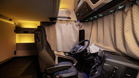 Thumb 12 actros edition 2