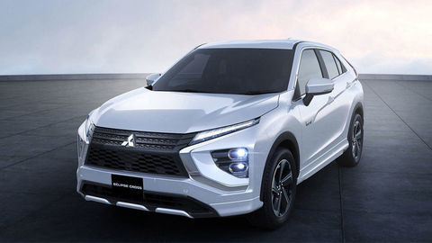 Thumb mitusbishi eclipse cross 2021 phev autozurnal.com 5