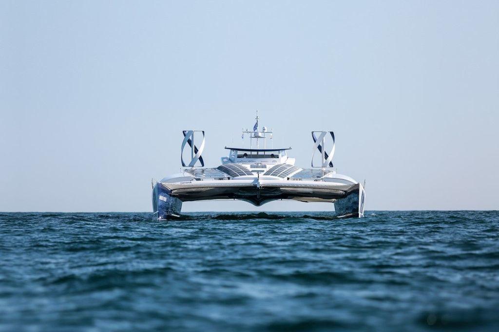 Content jacht energy observer 17 sailing jeremybidon5