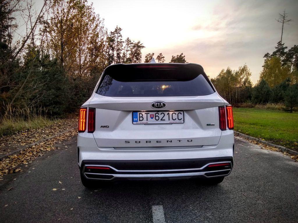 Content test kia sorento 1 6 t gdi hybrid 2020 autozurnal.com 8   k pia