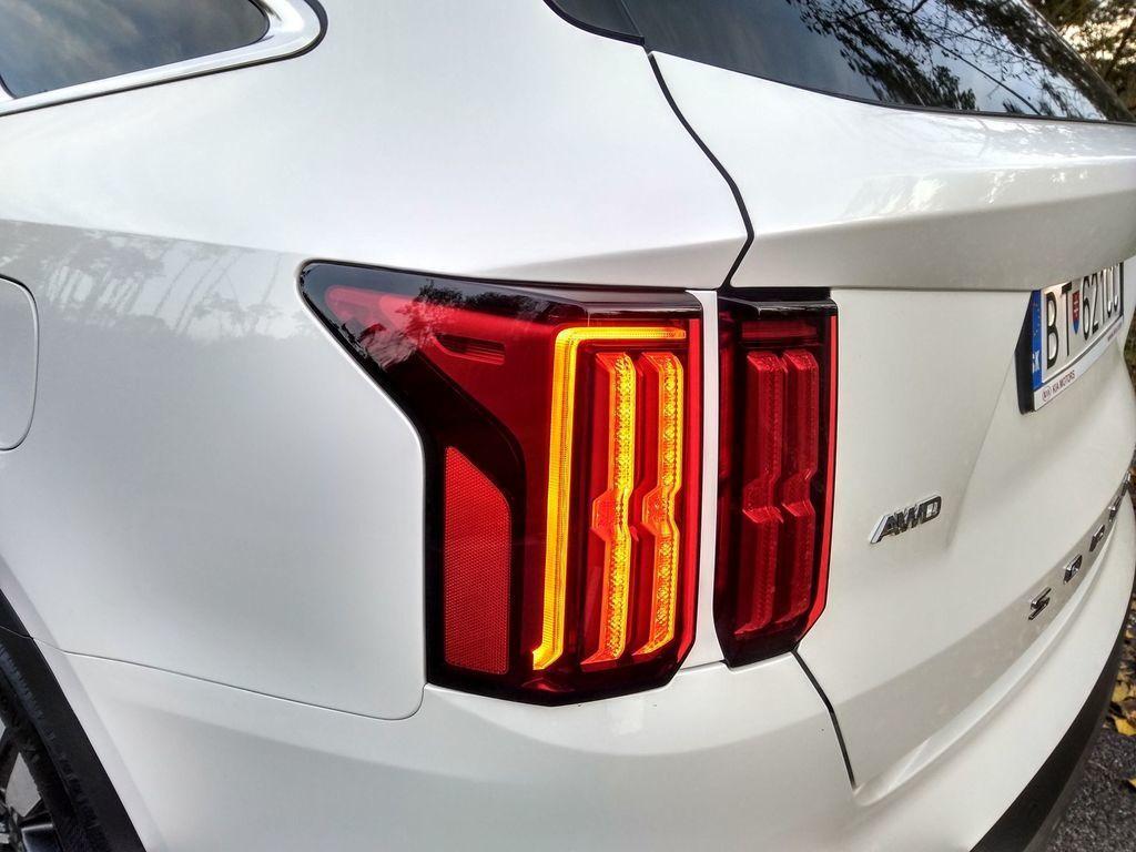Content test kia sorento 1 6 t gdi hybrid 2020 autozurnal.com 15   k pia