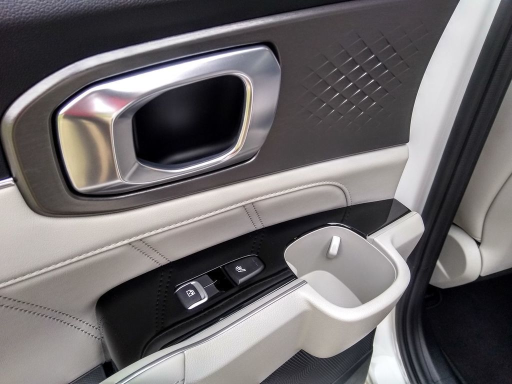 Content test kia sorento 1 6 t gdi hybrid 2020 autozurnal.com 36