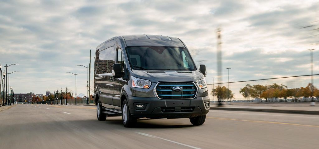 Content all new ford e transit 05 low