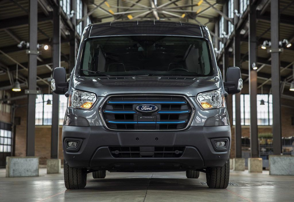 Content all new ford e transit 17 low