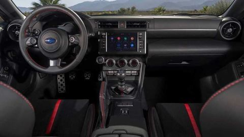 Thumb 2022 subaru brz interior dashboard  1