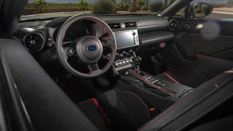 Thumb 2022 subaru brz interior dashboard
