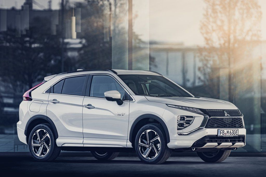 Content eclipse cross phev autozurnal.com 3