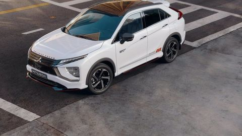 Thumb eclipse cross phev autozurnal.com 4