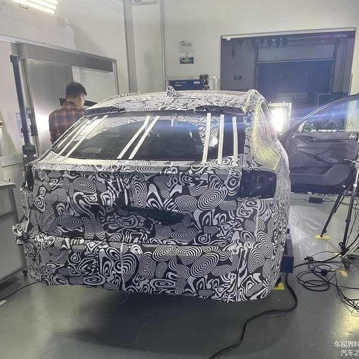Content novy ford mondeo 2021 crossover autozurnal.com 5