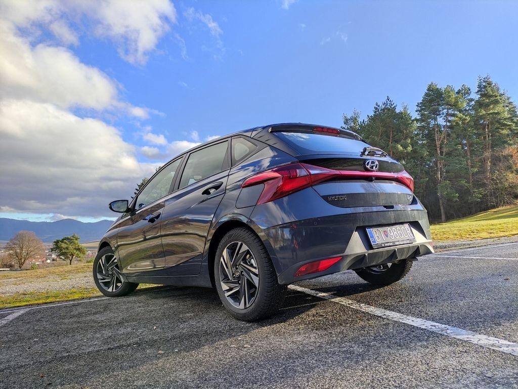 Content novy hyundai i20 test 2021 autozurnal.com 10