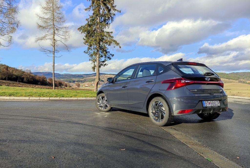Content novy hyundai i20 test 2021 autozurnal.com 15