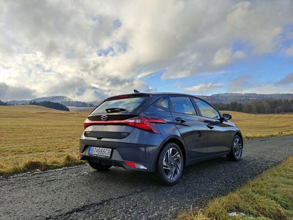 Content novy hyundai i20 test 2021 autozurnal.com 21