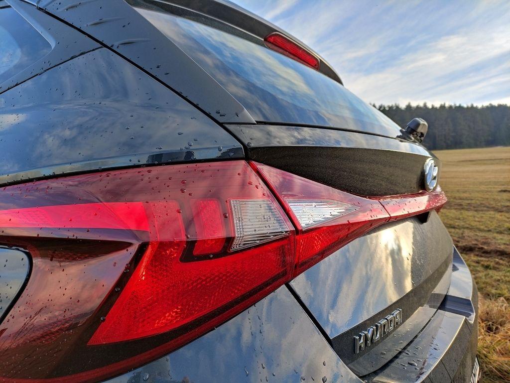 Content novy hyundai i20 test 2021 autozurnal.com 28