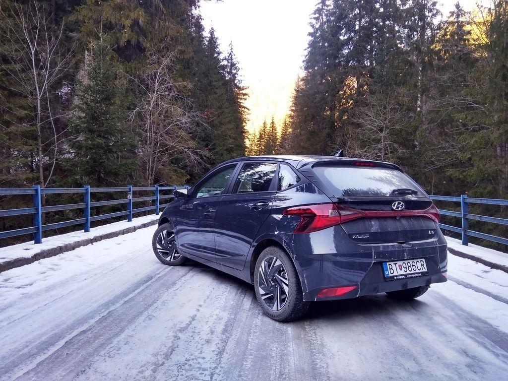 Content novy hyundai i20 test 2021 autozurnal.com 37