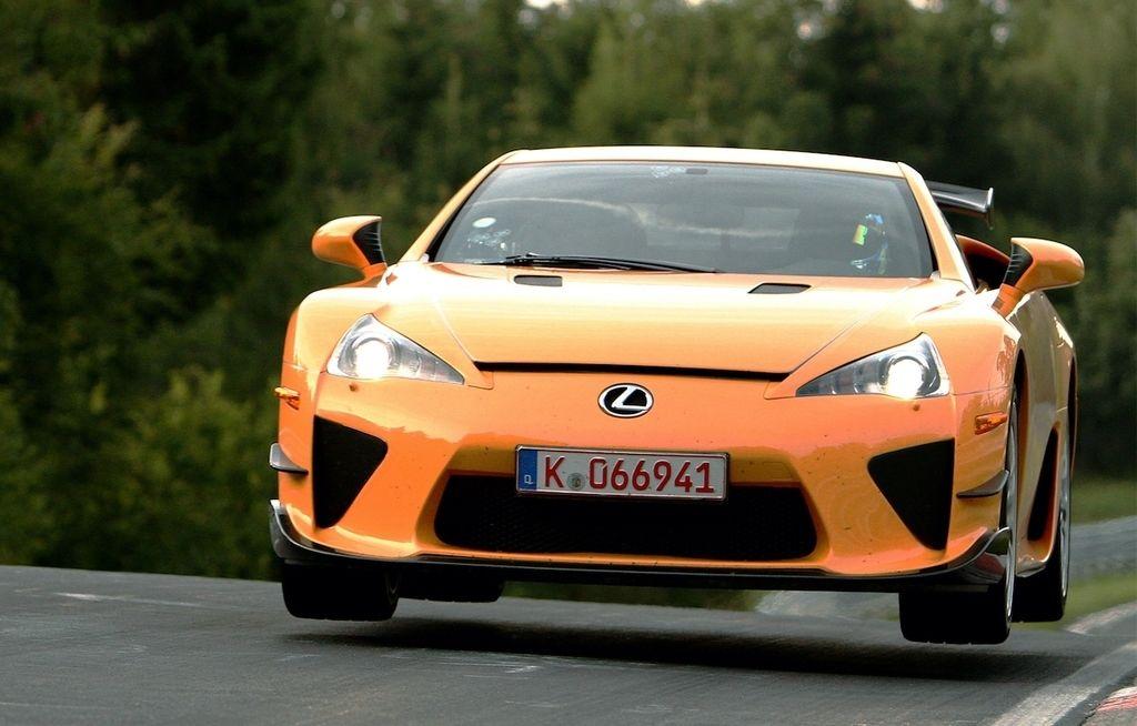 Content lexus lfa nuerburgring  package