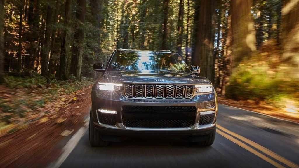 Content 2021 jeep grand cherokee l exterior  12