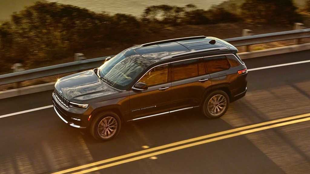 Content 2021 jeep grand cherokee l exterior  19