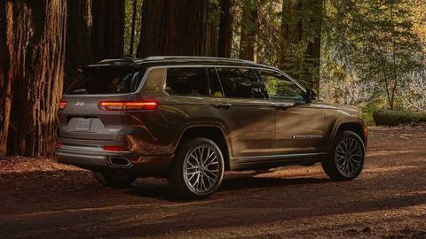 Thumb 2021 jeep grand cherokee l exterior  21