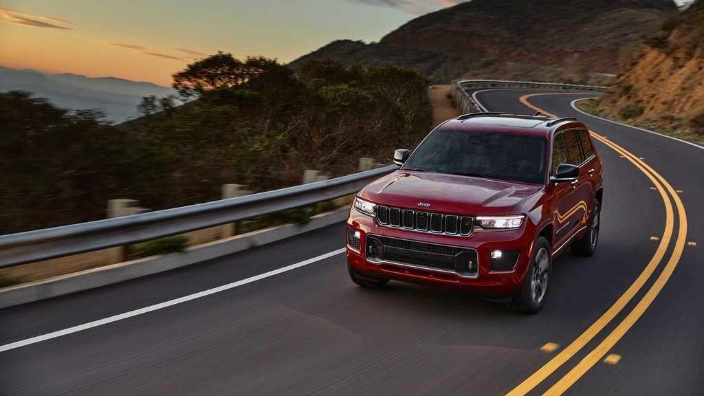 Content 2021 jeep grand cherokee l exterior  30