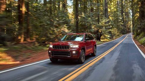 Thumb 2021 jeep grand cherokee l exterior  31