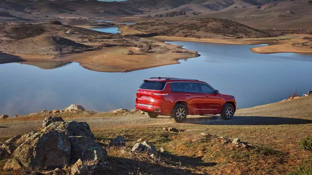Content 2021 jeep grand cherokee l exterior  32