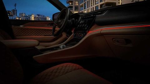 Thumb 2021 jeep grand cherokee l interior  12