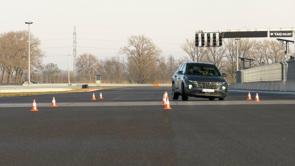 Content test hyundai tucson 2021 hybrid vs turbodiesel autozurnal.com 12