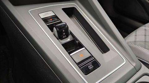 Thumb test volkswagen golf variant 2021 autozurnal.com 24