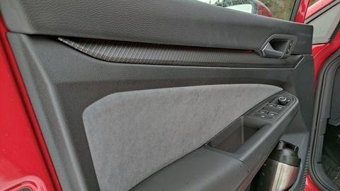 Thumb test volkswagen golf variant 2021 autozurnal.com 27