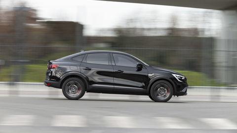 Thumb 2021   renault arkana tests drive   metallic black  5
