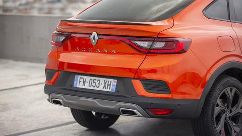 Thumb 2021   renault arkana tests drive   valencia orange  8